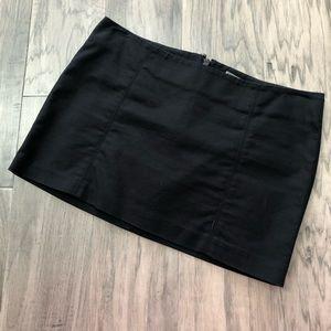 Guess black mini skirt Size 24